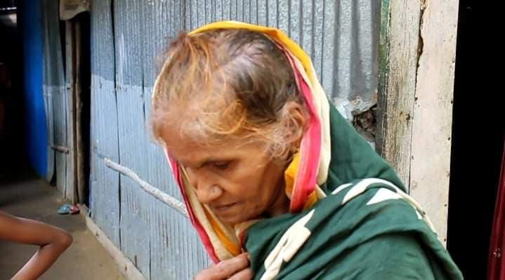 লোহাগাড়ায় শতবর্ষী বৃদ্ধার চুলের মুঠি ধরে মারধর