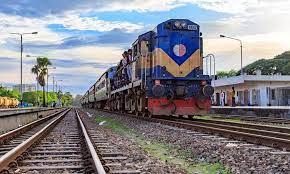 মালবাহী ট্রেন লাইনচ্যুত, খুলনার সঙ্গে রেল যোগাযোগ বিচ্ছিন্ন